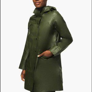 NWT Lululemon Into the Drizzle rain jacket size 10